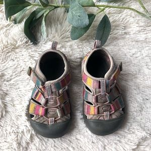 Keen toddler shoes multicolor sz 7